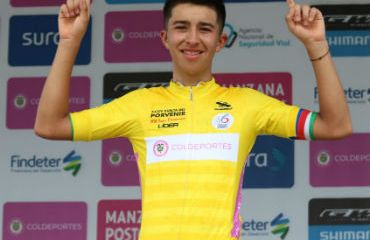 Marlon Fernando Castro ganador de primera etapa de Vuelta al Porvenir (Foto FCC)