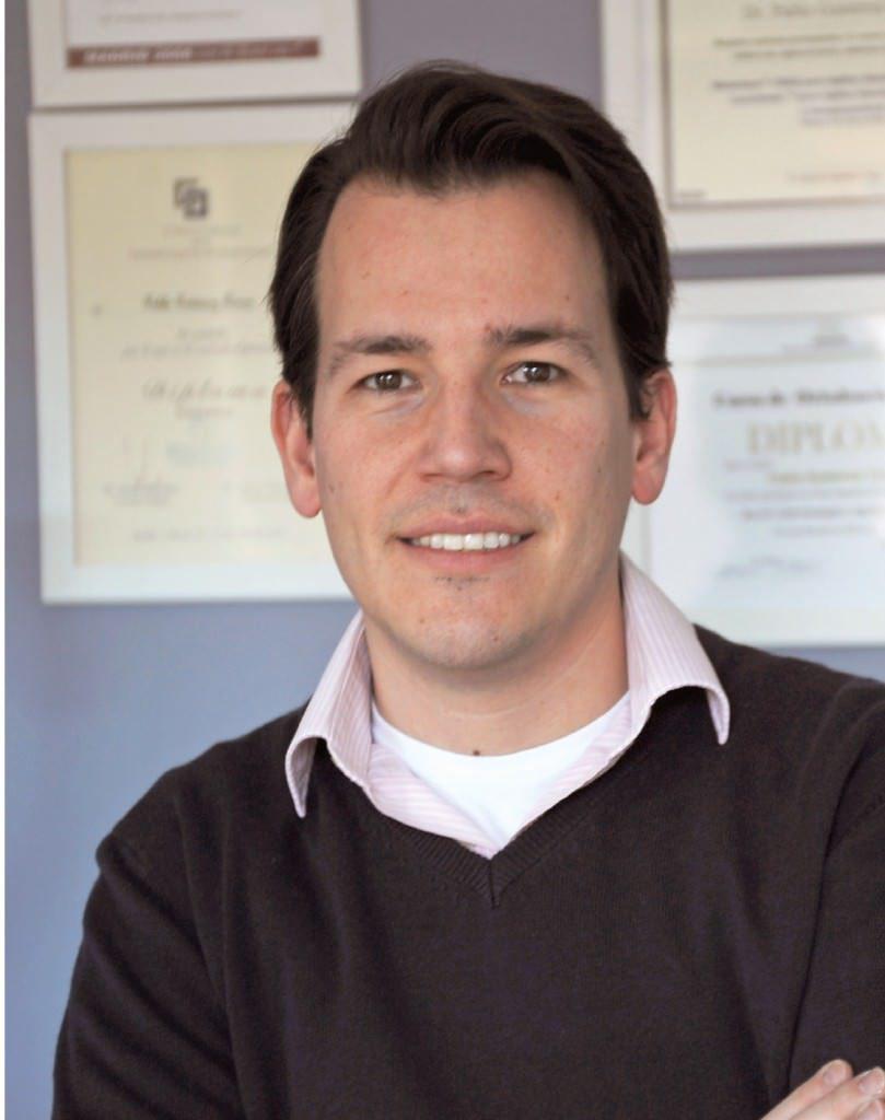 pablo gutiérrez. odontólogo