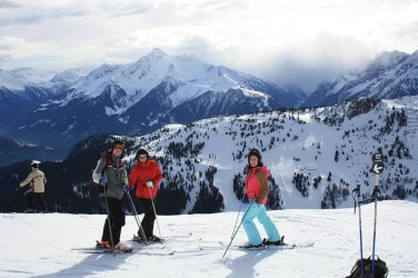skiing-377235_1280
