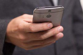 el uso del sms desciende en el ámbito particular pero crece en el empresarial
