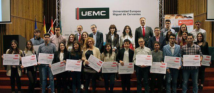 ueva edición de las becas de excelencia de la fundación uemc y banco santander en reconocimiento al talento académico y deportivo