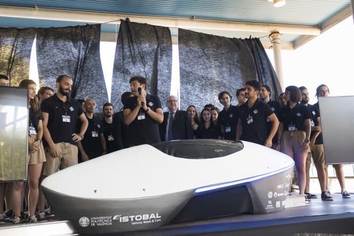 la upv acaba entre las 8 mejores del mundo en la hyperloop pod