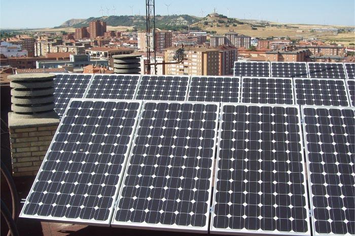 Bajos ingresos energía solar