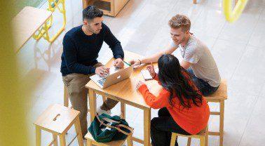Mondragon , plan de financiación para estudiantes afectados