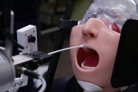 un robot capaz de tomar muestras test coronavirus