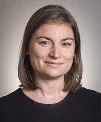 Clare Balboni Profesora Asistente de Desarrollo Profesional de Economia Ambiental de 3M