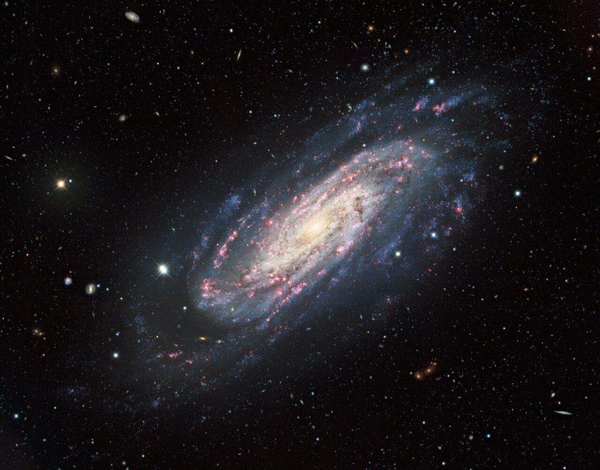 Pistas sobre la enigmatica galaxia del Sombrero2