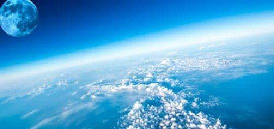 familia ayudar proteger la capa ozono
