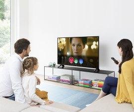 Panasonic actualiza sus televisores para recibir Alexa y el asistente de Google