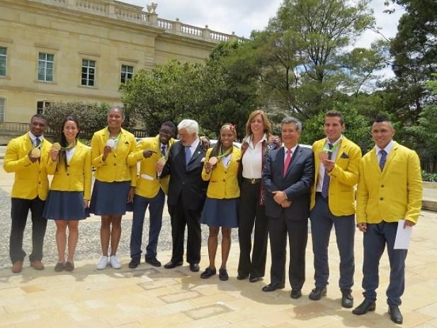 kia-reconoce-el-esfuerzo-y-dedicacion-de-los-medallistas-olimpicos1aaaaa