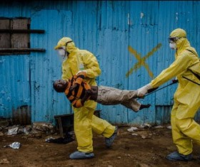 El Institut Valencia d'Art Modern (IVAM) expone desde el pasado 27 de marzo y por primera vez en España la muestra 'Ébola' de Daniel Berehulak
