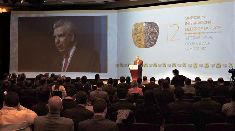 José Miguel Morales, presidente del comité organizador del 12° Simposium Internacional del Oro y la Plata.