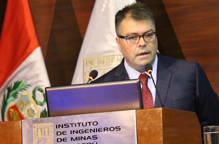 Eugenio Ferrari, geólogo y ejecutivo minero, presidente del comité organizador