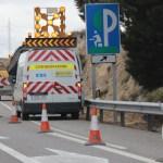 Dispositivos de control para guiar el tránsito en zonas de construcción y mantenimiento vial