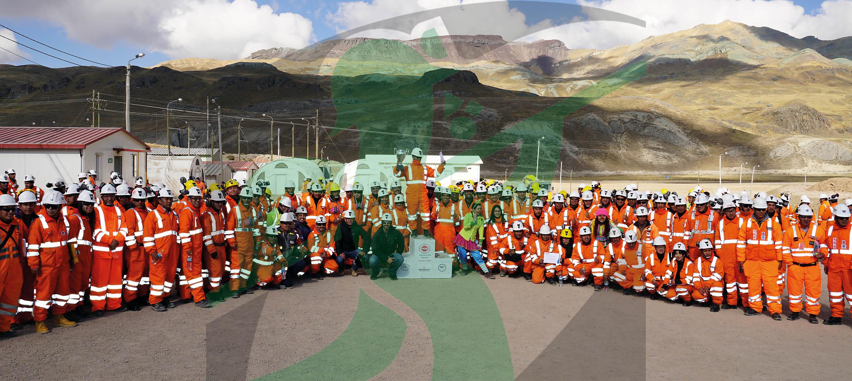 Ceremonia de reconocimiento al mejor supervisor de mina Alpamarca como participante en Programa de Supervisores.
