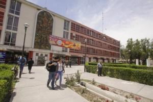 UNSA presenta su aporte al país en feria universitaria