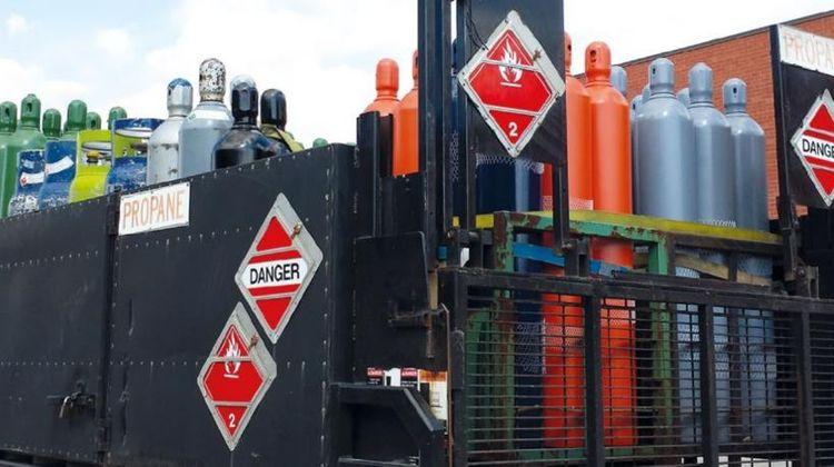 Manejo de recipientes de gases comprimidos-1