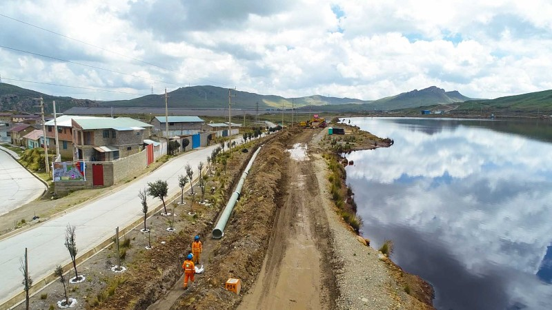 Ejecutan obras para reducir riesgo de desembalse en relavera Quiulacocha