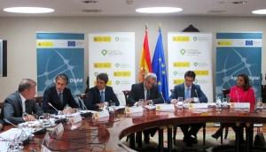 Borrero, de la Serna, Hdez. Benzo, Calvo-Sotelo. el ministro Soria y Carmen Vela