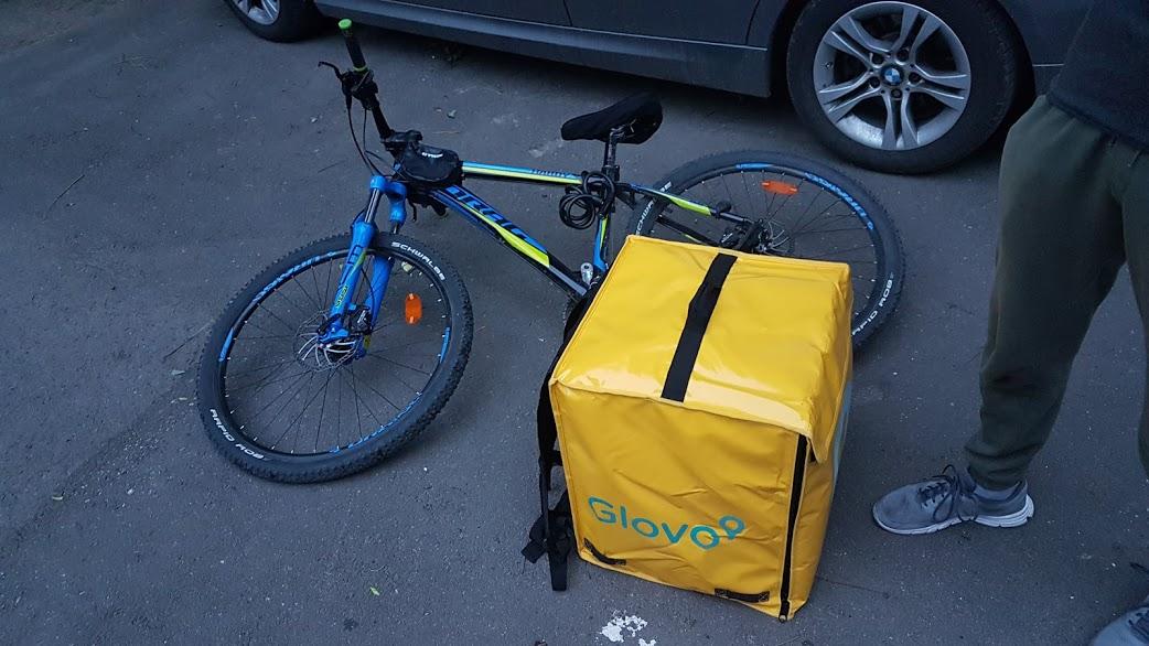 Am folosit Glovo, aplicația pentru livrare rapidă
