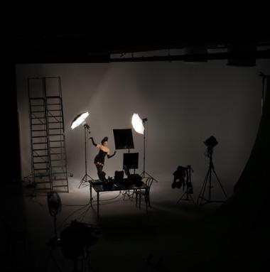 Tifa De Leone in the Revolver Studio