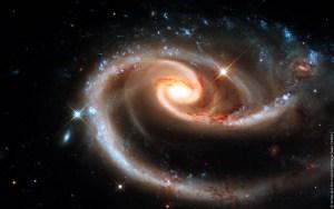Selon Einstein, l'univers n'est pas le résultat du hasard ; son harmonie, sa beauté, sa précision mathématique ne peuvent être accidentelles.