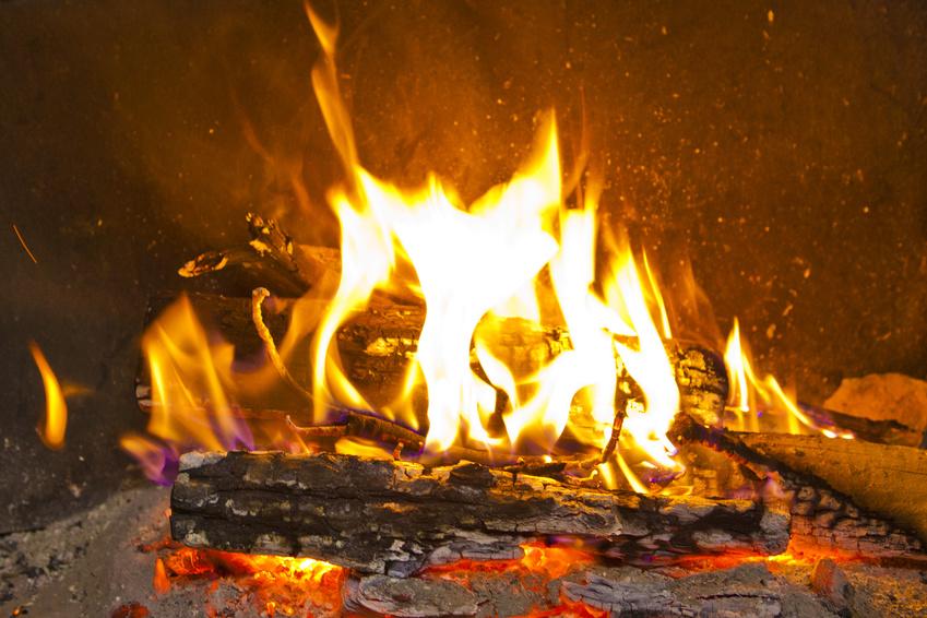 L'enthousiasme est donc un feu intérieur qui éclaire et réchauffe de l'intérieur toutes nos pensées, nos sentiments et nos actions.