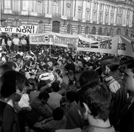 Manifestations de Mai 68, un mouvement anti-conformiste