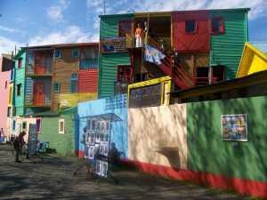 Buenos Aires : militaires et populistes