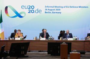 Peut-on bâtir une politique de défense en Europe ?