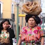 Generation gap (Quetzaltenango) —Erol Reyal