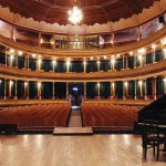 Interior Teatro Municipal (Quetzaltenango) —Harry E. Díaz www.flickr.com/harrydiaz