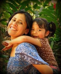 Posición/Position: Mención honorífica / Honorable mention Tema/theme: Madre / Mother Título/title: Cargando mi Felicidad Lugar/place: Autosafari Chapín, Escuintla Autor/author: Flor Ortiz