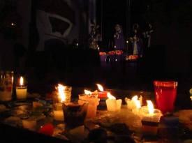 Posición/Position: 2do lugar / 2nd place Premio: Piza papel de Jades Xibalbá Tema/theme: Tradiciones en Guatemala / Guatemalan Tradition Título/title: Fervor y Devoción Lugar/place: Iglesia de Nuestra Señora de la Merced Autor/author: Gabriela T Jerez