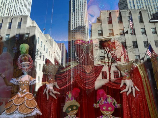 Saks windows xmas NYC