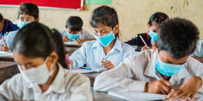 Covid-19 : la pandémie continue de reculer dans le monde (OMS)
