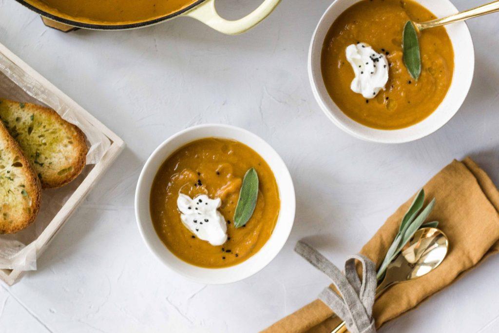 Simple Vegan Sweet Potato Soup