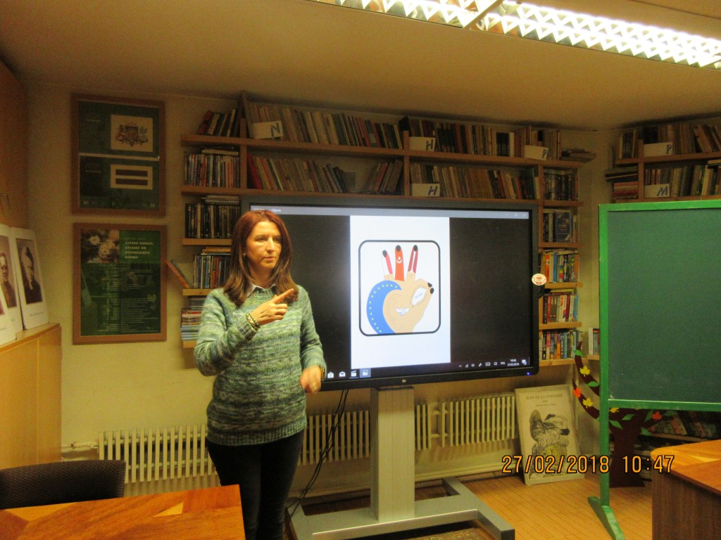 55. Learning the sign language