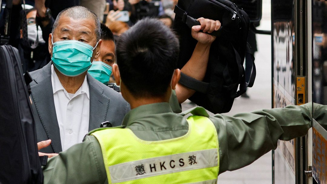 黎智英除了被判12个月外,又被临时加控两项国安法罪名。(路透社图片)