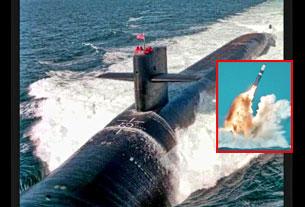 Hỏa tiễn Trident được phóng từ tàu ngầm nguyên tử Ohio của Mỹ từ dưới độ sâu cả cây số. Screen shot