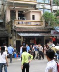 Hanoi_Police_Protestors_042908_200.jpg