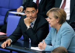 Ông Philipp Roesler và nữ Thủ tướng Đức Angela Merkel