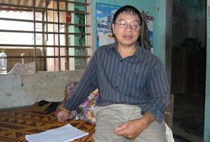 Anh Nguyễn Văn Thống, anh là một trong những người bị thương nặng nhất trong trận chiến ngày 14/3/1988. Ảnh: Hằng Nhom.