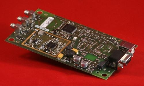 ISC.MRUM102 Mid Range Reader RFID UHF Modulo OEM