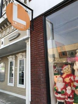 """Just L Modern Antique"" shop in NH"