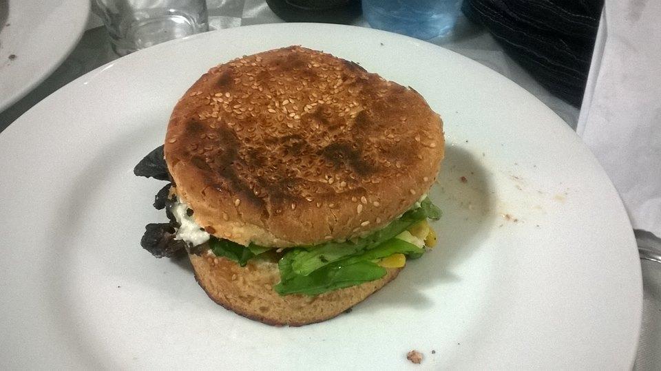 govinda-burger-vegetariano