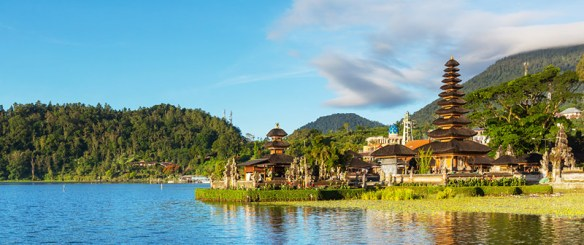 bali-must-see-temples-L