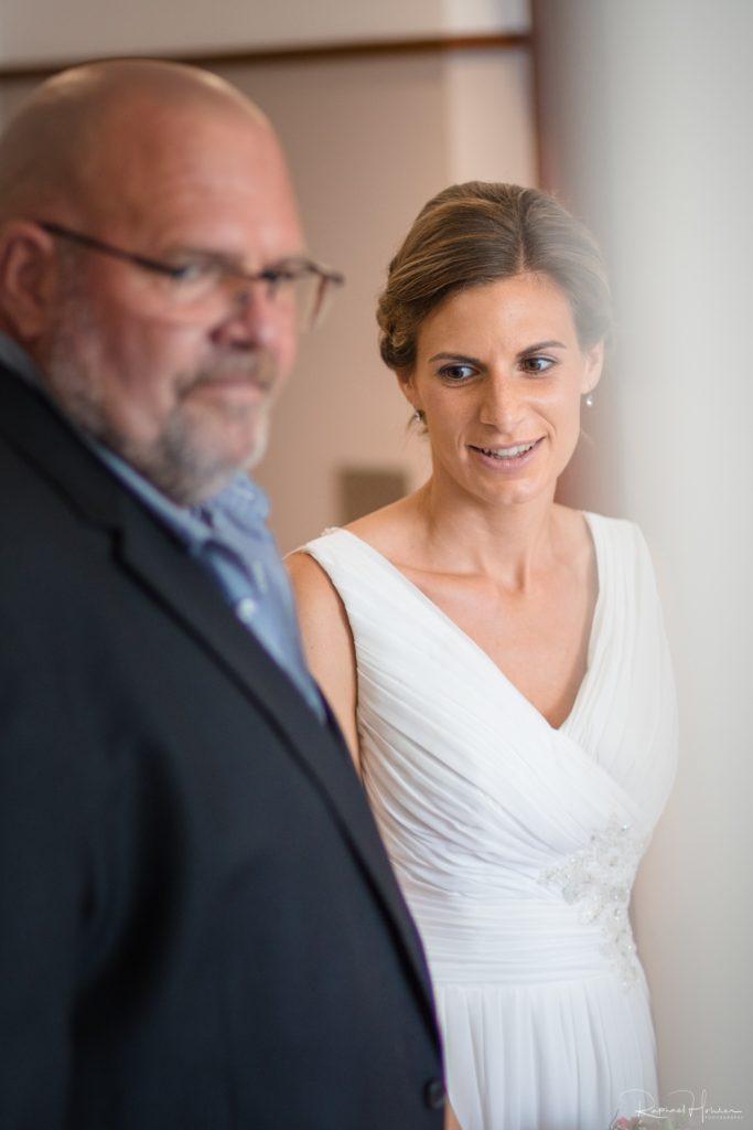 SON1677 683x1024 - Hochzeit Deborah und Christian
