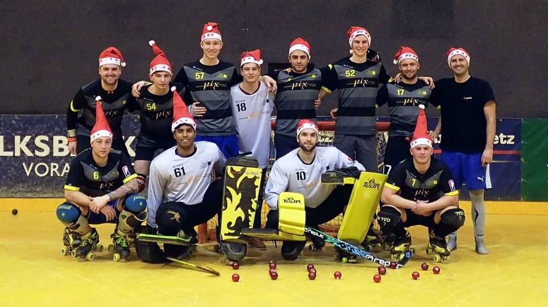 Frohe Weihnachten und einen guten Rutsch wünscht der RHC Dornbirn ...