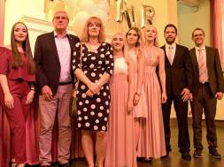 Landrat Schuster mit Schulleiterin Steffens_Abschlussfeier Höha BK SiegburgA